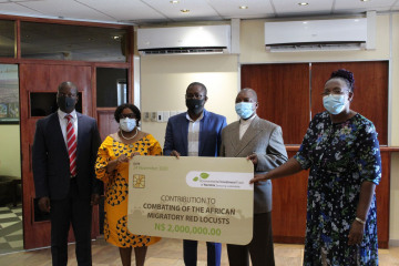 Official handover and contribution by the Environmental Investment Fund of Namibia (EIF) to the Ministry of Agriculture, Water and Land Reform (MAWLR) to combat the outbreak of the African migratory and red locusts
